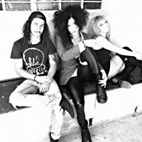 The Medicine Dolls - Live in Vryheid