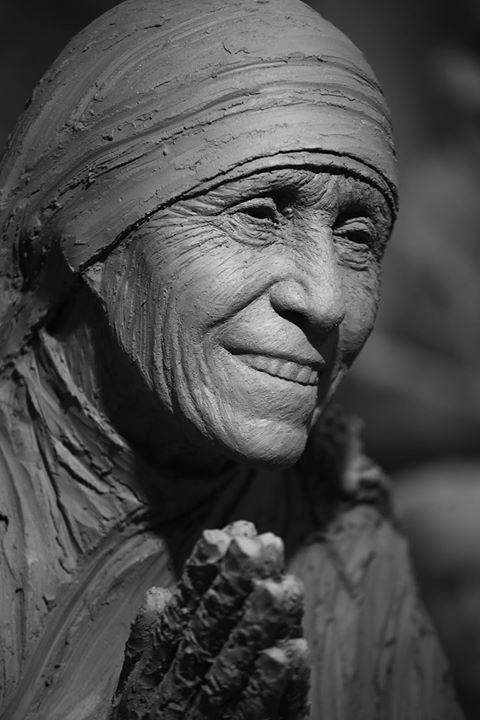 Inauguration Sculpture en hommage  Mre Teresa