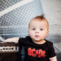 1106 -Acdc for KIDS no Old Town English Pub - Sunday Rock Kids
