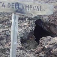 Quarta tappa dellAltomontana Grotta dei Lamponi