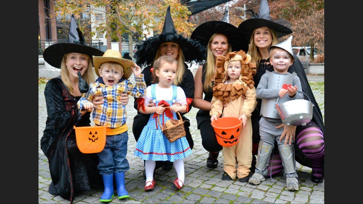 delft family halloween at geerweg speeltuin/geerweg playground, delft