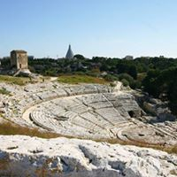 Walking tour Syracuse archaeological park  Parco archeologico di Siracusa