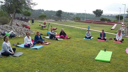 Yoga No Jardim