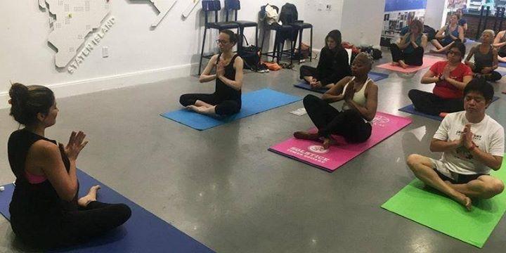 RUNHealthy Yoga (Monday Morning)