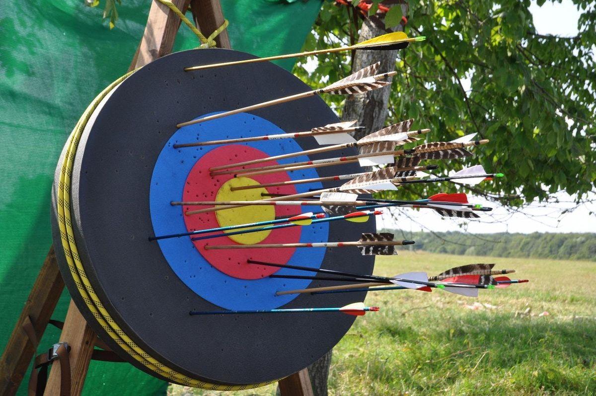 Kind-Eltern Ferienkurs Pfeil- und Bogenbauen Bogenschiessen