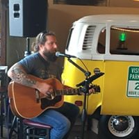 Live music with Brian Grilli