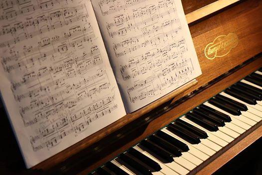 Bach Mozart y Stravinsky concierto de piano en el Palau