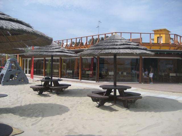 Ristorazione aprile 222 caesar beach lido adriano ra at bagno caesar lido adriano - Bagno caesar lido adriano ...