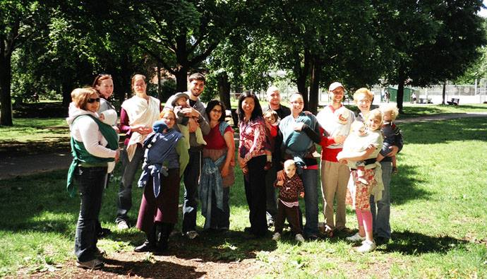 atelier dintroduction au portage  babywearing introduction workshop