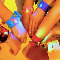 Make THIS Sewing Circuits LIGHT UP Bracelets