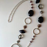 Simple Wire Loop Necklace