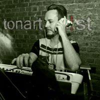 DJ Tonartist