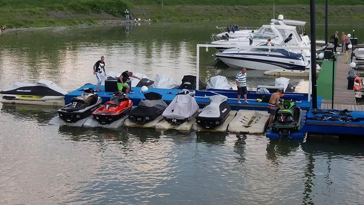 Wiking Yacht Club Feltltds a Marina-Parton