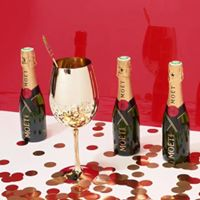 Moo Moo &amp Mot host &quotWorld Champagne Day&quot Gold Coast Lunch