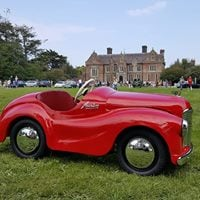 Classic Car Show at Wells House and Gardens