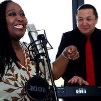 Veronicas Vintage Jazz duo LIVE at Blue Bar
