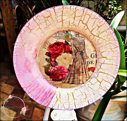 Reverse Decoupage & Crackle Effect on a Plate(Weekday workshop)