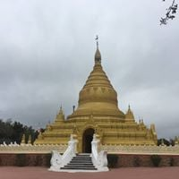 Trip &amp guided tour to Burmese Buddhist Monastery &amp Pagoda
