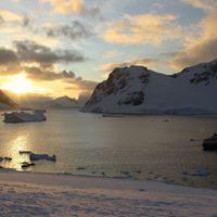 Antarctica Ski Tour 2016 with Total Heliski