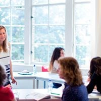 Register now for English &amp Dutch courses