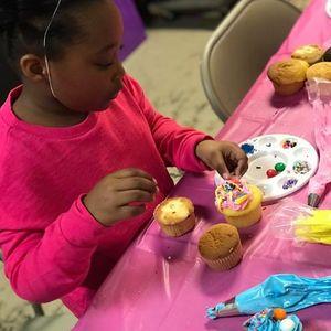 Youth Cupcake Design Skill Class