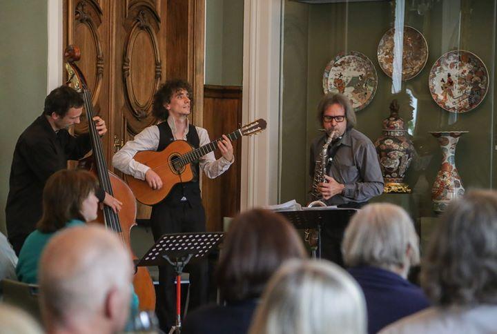 Wohnzimmerkonzert Mit Dem Smooth Jazz Trio Der Jazzcompany