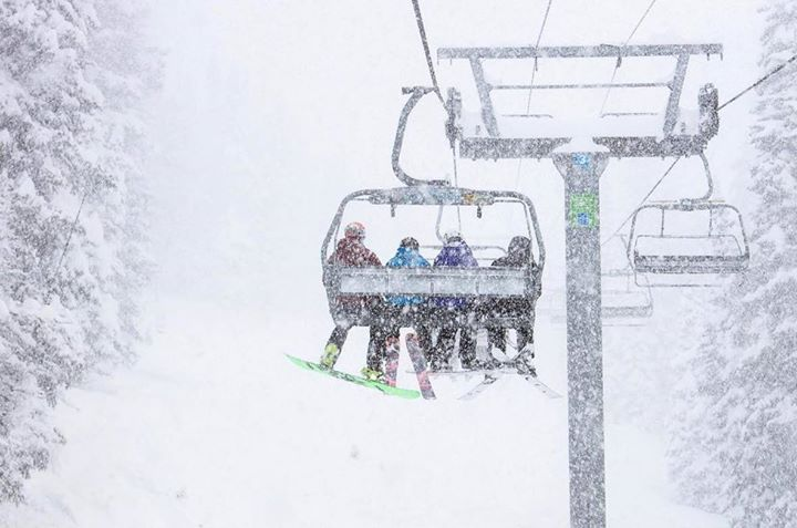 Mount Snow SkiSnowboard Trip