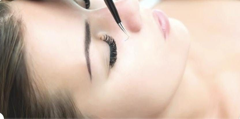 Charlotte NC Eyelash Extension Training (Learning to Apply Eyelash Extensions) 200