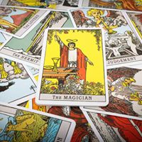 Learn to Read the Tarot &amp Receive a Psychic Attunement