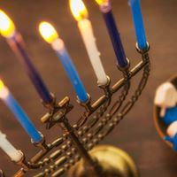 The Light We Make Hanukkah Sunday with Rev. Becca Costello