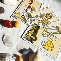 Tarot An in depth full moon workshop with Desiree &amp Ansley