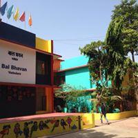 Workshop on learning Navratri steps for dancing