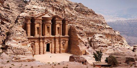 GIORDANIAPetra il deserto del Wadi Rum ed il Mar Morto