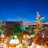 Glendale Glitters Holiday Weekends