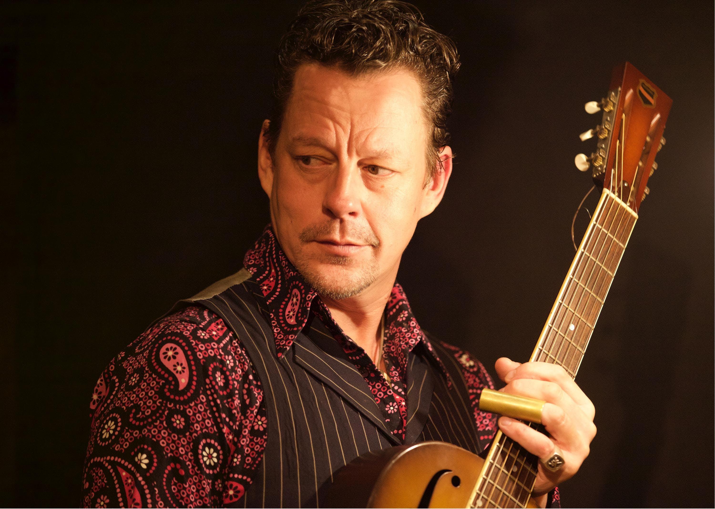 Ian Siegal (UK) - Missy Sippy Blues & Roots Festival