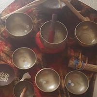 Reiki Healing &amp Tibetan Singing Bowls in the Salt Cave