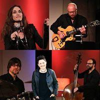 Neue Lieder &amp Chansons mit Julia Schilinski &amp Band