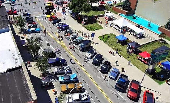 MainStreet Memories Car Show At Downtown Port Huron MI - Main street car show