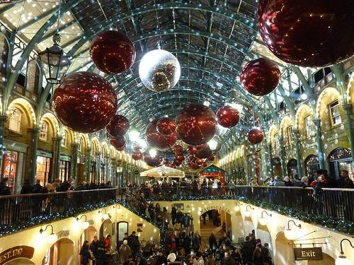 Covent Garden Christmas Lights Switch On At The Nags Head London