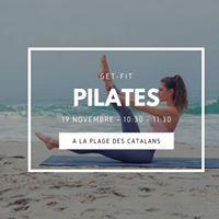 New Pilates du WE  la plage des Catalans by Gecko Yoga