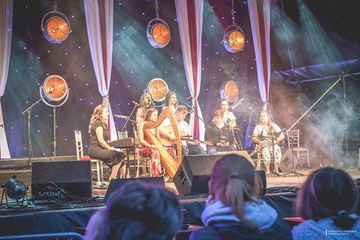 Caoimhn  Dochartaigh Stage with Spleodar