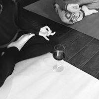 Wine Yoga &amp Citylights (One Fullerton Heritage)