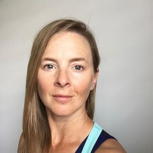 Functional Yoga Anatomy&ampConnecting Transitions with Rachel Land