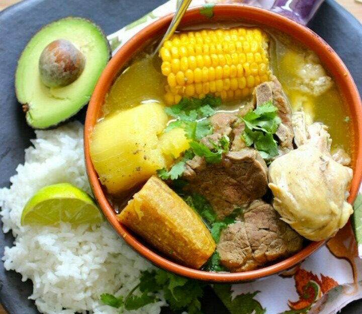 comida dominicana at restaurant los caribeños mexico city