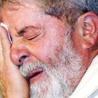 Comemorao  priso do Lula