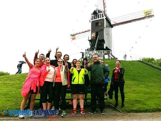 Groepsloop ter voorbereiding van Dwars door Brugge 5 en 15km