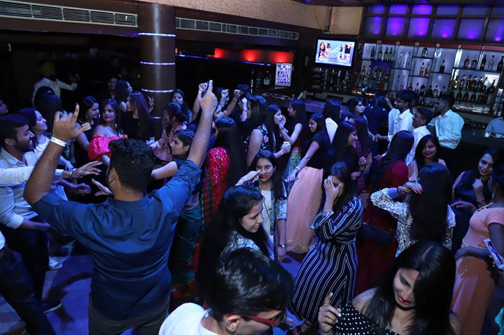 Reloaded Sunday Day Bash Party Score Club Chandigarh