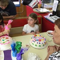 Mothers Day Cake Decorating Class