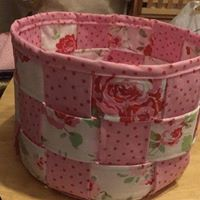 Make a woven fabric basket with Sarah