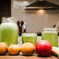 Deconstruct Cravings and Sip Smoothies